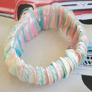 Vintage multi colour shell bracelet